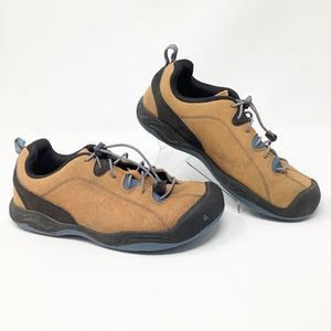 KEEN Women Shoes size. 6